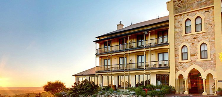 LuxeGetaways_Mount-Lofty-House