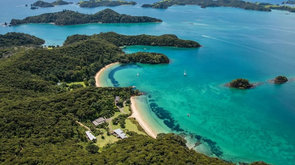 touch-of-spice-kauri-cove