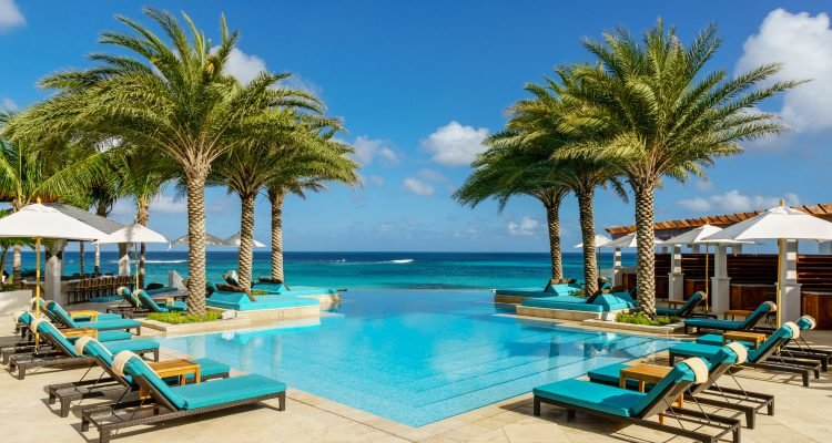 LuxeGetaways - Luxury Travel - Luxury Travel Magazine - Luxe Getaways - Luxury Lifestyle - XOJET - Zemi Beach House - Oceanside Pool