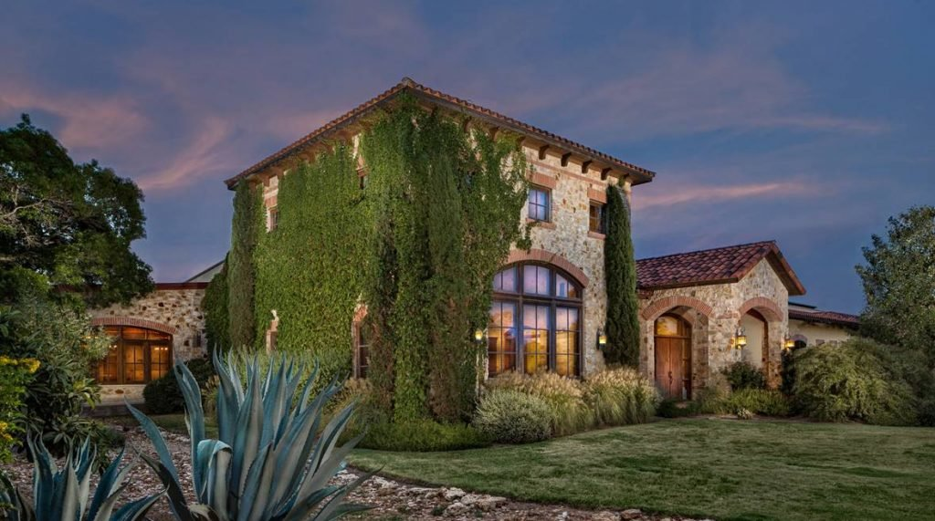 LuxeGetaways | The Vines and Vistas of Texas Hill Country