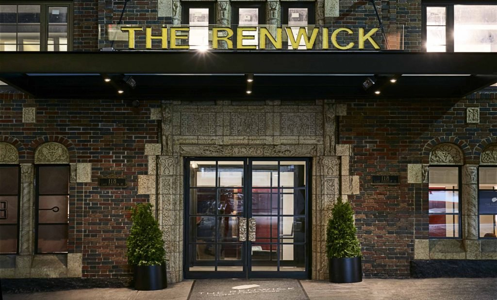 curio_the_renwick_exterior_hr-1