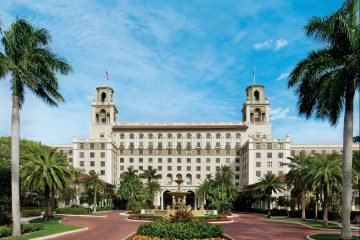 LuxeGetaways - Luxury Travel - Luxury Travel Magazine - Luxe Getaways - Luxury Lifestyle - Contest - Sweepstakes - The Breakers Palm Beach - Florida Luxury