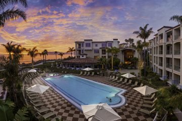 LuxeGetaways - Luxury Travel - Luxury Travel Magazine - Luxe Getaways - Luxury Lifestyle - Dolphin Bay Resort and Spa - California - Pool - Sunset
