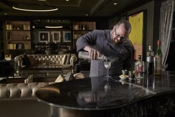 LuxeGetaways - Luxury Travel - Luxury Travel Magazine - The Ritz Carlton Charlotte - Bob Peters - Bob the Bartender