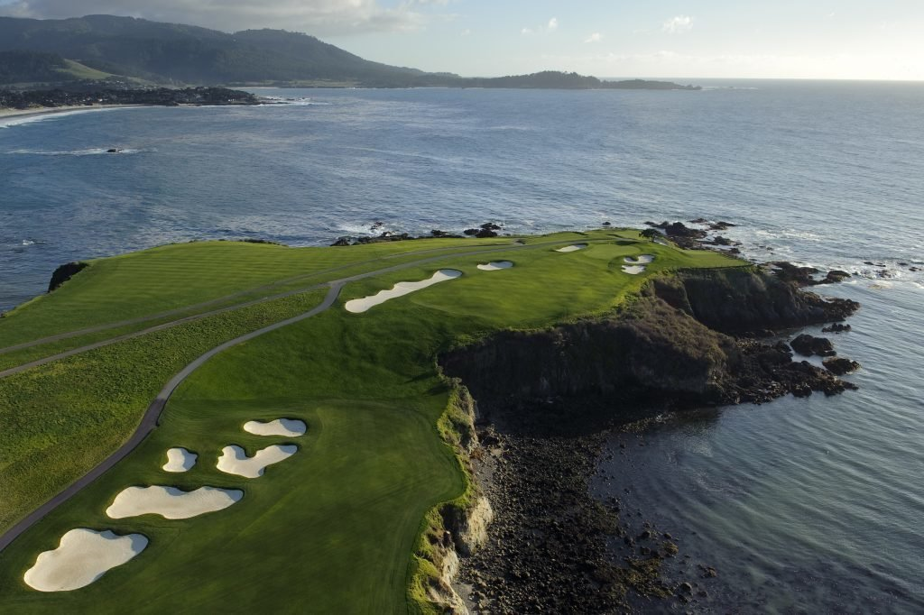LuxeGetaways - Luxury Travel - Luxury Travel Magazine - Luxe Getaways - Luxury Lifestyle - Pebble Beach Resorts - Fairway One - California - Luxury Golf Resort