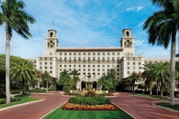 LuxeGetaways - Luxury Travel - Luxury Travel Magazine - The Breakers Palm Beach - Entrance