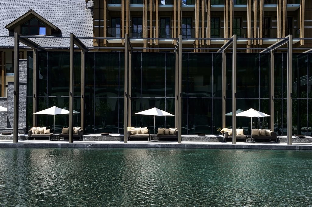 LuxeGetaways_Chedi-Andermatt_Switzerland_Slimming-Lifestyle-Retreat_Courtyard_Summer_Luxury
