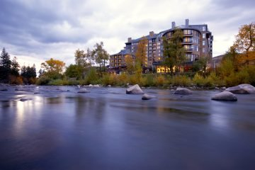 LuxeGetaways_Westin-Riverfront-Resort-Spa_Beaver-Creek-Mountain_river-fall