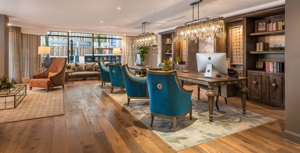 LuxeGetaways - Luxury Travel - Luxury Travel Magazine - Luxe Getaways - Luxury Lifestyle - The Iveys Hotel Charlotte - Charlotte Boutique Hotel - Lobby