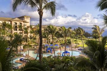 LuxeGetaways - Luxury Travel - Luxury Travel Magazine - Luxe Getaways - Luxury Lifestyle - The Ritz Carlton Kapalua - Maui - Hawaii - Luxury Hotel Maui - pools