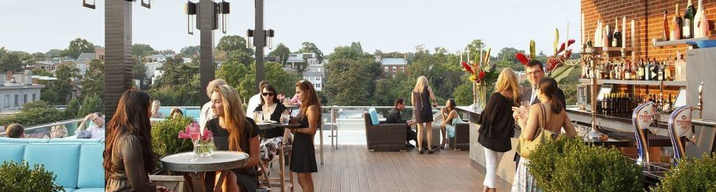 LuxeGetaways_The-Graham-Hotel-Washington-DC_Polo-Package_Meadow-Fields_rooftop-bar-lounge