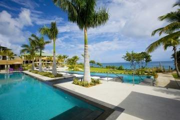 LuxeGetaways - 25 Poolside Experiences - Luxury Hotel Pools - W Retreat and Spa - Vieques Island Pool - Oceanside Pool - luxury pool in Caribbean