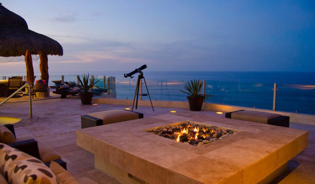 LuxeGetaways - Luxury Travel - Luxury Travel Magazine - Luxe Getaways - Luxury Lifestyle - Luxury Villa Rentals - Villas with Forever Views - Luxe Villas - Luxury Rentals - Mexico - Villa Penasco - Pedregal - Cabo San Lucas - Deck