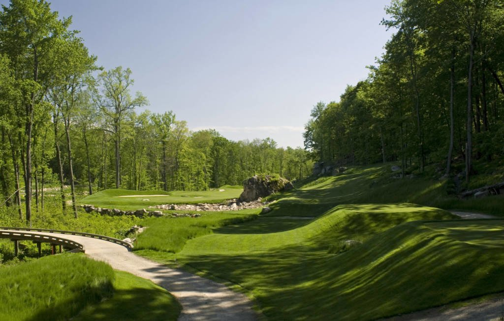 LuxeGetaways - Luxury Travel - Luxury Travel Magazine - Luxe Getaways - Luxury Lifestyle - Pete Dye Design - Golf Courses - Pound Ridge Golf Club New York