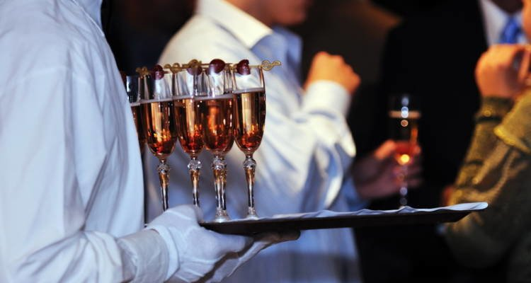 LuxeGetaways - Luxury Travel - Luxury Travel Magazine - Luxe Getaways - Luxury Lifestyle - Moet Champagne