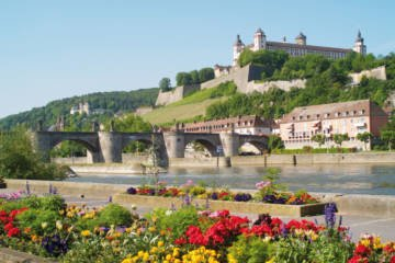 LuxeGetaways - Luxury Travel - Luxury Travel Magazine - Luxe Getaways - Luxury Lifestyle - Fall/Winter 2017 Magazine Issue - Digital Magazine - Travel Magazine - Wurzburg Germany - Wine Festivals Germany - Wuerzburg - Germany - Germany Tourism
