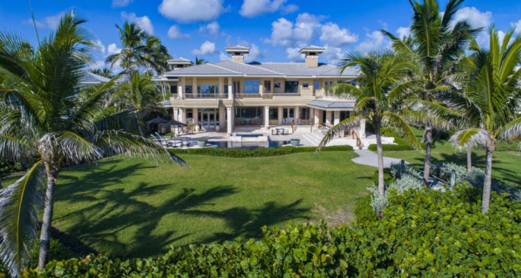 LuxeGetaways - Luxury Travel - Luxury Travel Magazine - Luxe Getaways - Luxury Lifestyle - Wellness Travel - Spa Travel - Luxury Travel - Sailfish Point Florida, Luxury Real Estate - Luxury Golf Community - Florida Real Estate