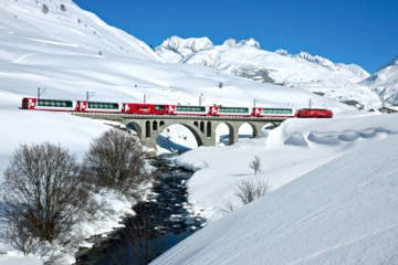 LuxeGetaways - Luxury Travel - Luxury Travel Magazine - Luxe Getaways - Luxury Lifestyle - Wellness Travel - Spa Travel - Luxury Travel - Switzerland - Train Travel - Glacier Express - Excellence Class - First Class Travel