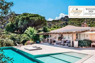 LuxeGetaways - Luxury Travel - Luxury Travel Magazine - Luxe Getaways - Luxury Lifestyle - Home In Italy - Villa Rentals - Home Rentals - Italy Vacations - Luxury Travel Awards